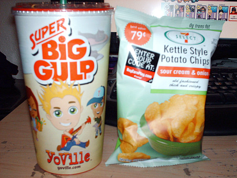YoVille 7-11 Super Big Gulp Slurpee and 7 Select Potato Chips
