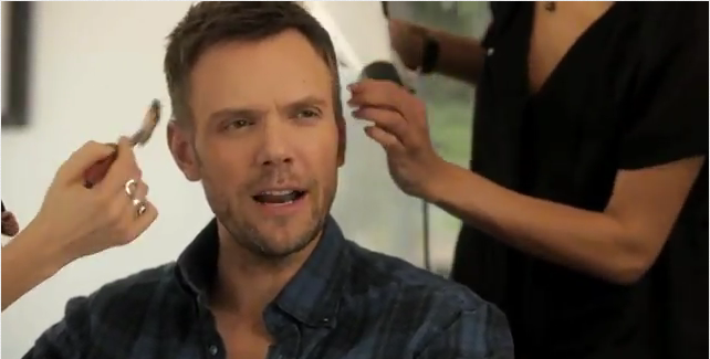Joel McHale 3DS video