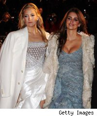 Kate Hudson and Penelope Cruz at the Nine world premiere