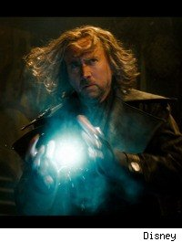 Nicolas Cage throws plasma balls in 'The Sorcer's Apprentice'