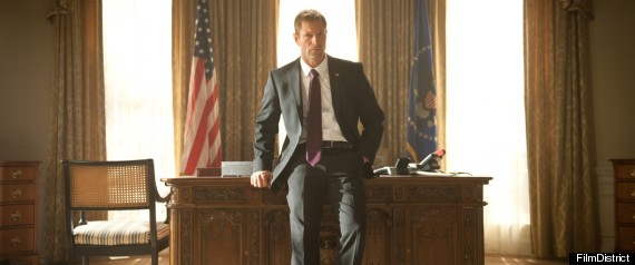 Aaron Eckhart, 'Olympus Has Fallen' Star, on How to Play ...