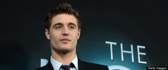 max irons white queenmax irons twitter, max irons vk, max irons gif tumblr, max irons photoshoot, max irons dorian gray, max irons ukraine, max irons 2016, max irons 2017, max irons red riding hood, max irons white queen, max irons films, max irons screencaps, max irons movie, max irons with parents, max irons and sophie, max irons facebook, max irons wdw, max irons age, max irons website, max irons wiki