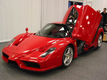 top 10 the world 39 s ten fastest cars ferrari enzo aol. Black Bedroom Furniture Sets. Home Design Ideas