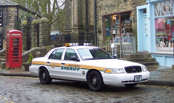 Used Police Cars >> Five Oh Five Oh Used Us Cop Cars Hit Uk Streets Aol