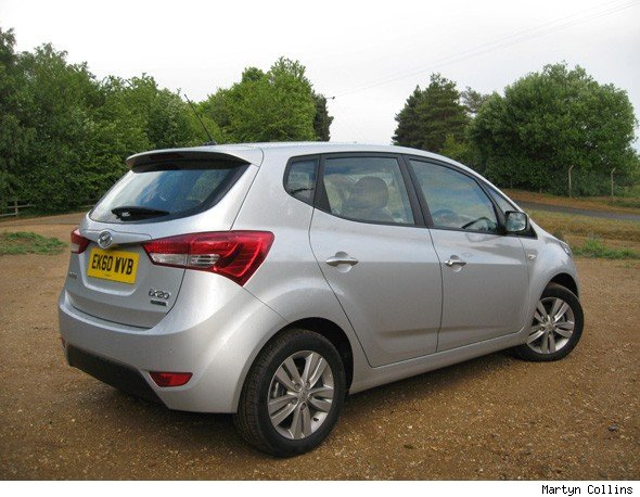 hyundai ix20 1 4 crdi active road test aol uk cars. Black Bedroom Furniture Sets. Home Design Ideas