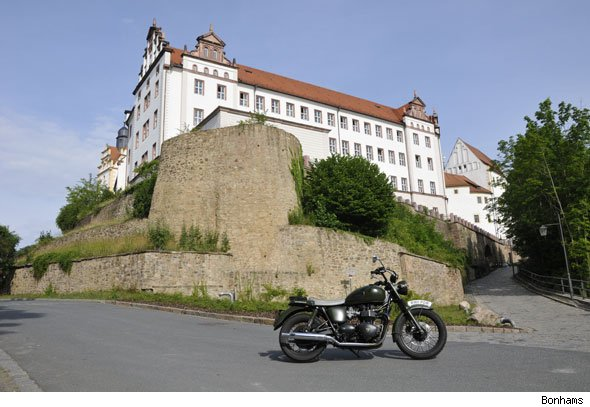 Triumph T100 'The Great Escape'