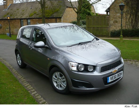 chevrolet aveo 1 3 vcdi lt first drive review aol uk cars. Black Bedroom Furniture Sets. Home Design Ideas