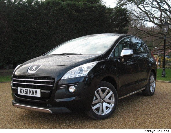 peugeot 3008 hybrid4 first drive review aol. Black Bedroom Furniture Sets. Home Design Ideas