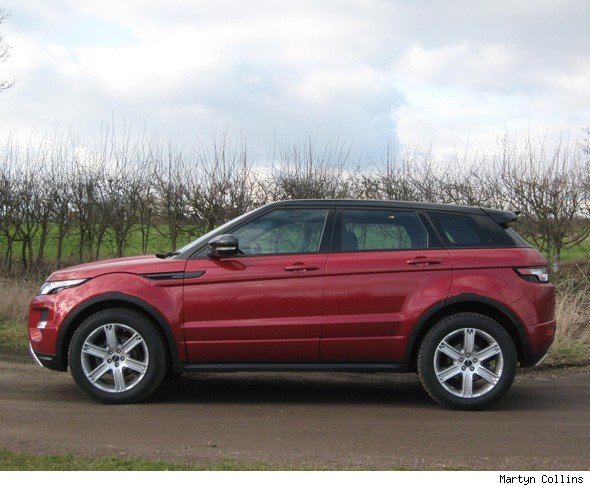 range rover evoque comparison road test review aol uk cars. Black Bedroom Furniture Sets. Home Design Ideas