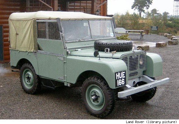 Winston Churchill S Land Rover Bought For 163 320 To Be