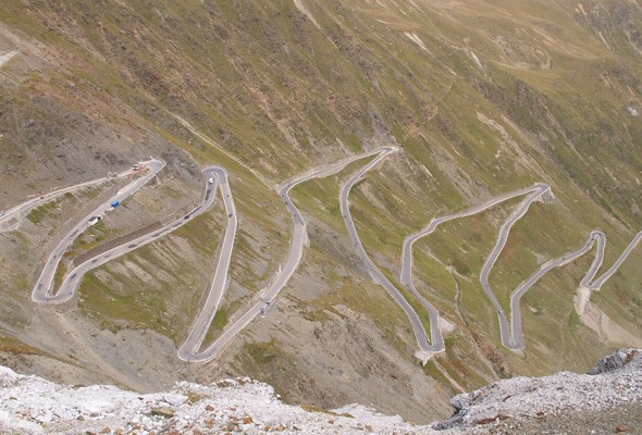 Driving Delights Part 2: 5 of the world's greatest driving routes