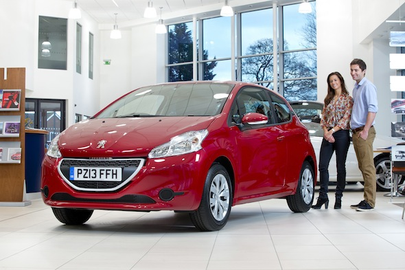Manufacturers run out of luck as buyers steer clear of MY13 plate cars