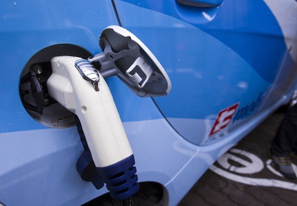 Government announces £37million investment to improve Britain's electric vehicle charging network