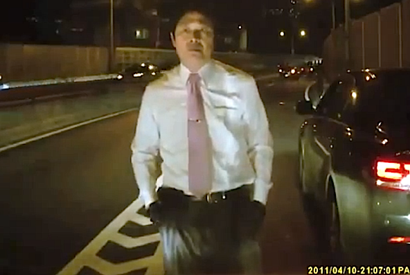 Video: A lesson in how to deal with road rage
