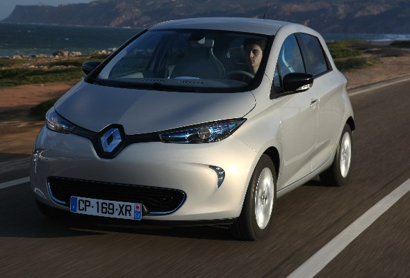 first drive renault zoe aol. Black Bedroom Furniture Sets. Home Design Ideas