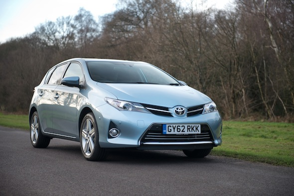 Toyota remains world's largest car manufacturer