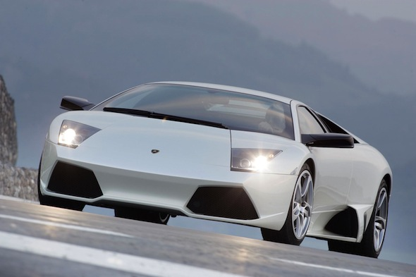 £150,000 Lamborghini Murcielago crashes into parked cars