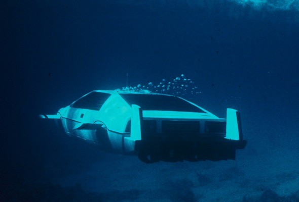Original James Bond 'submarine car' is up for sale