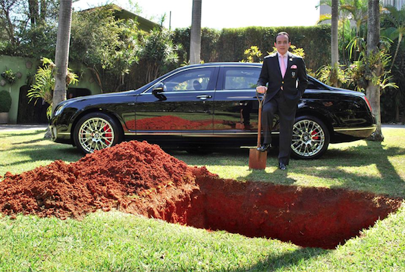 Brazilian businessman 'buries Bentley' to raise awareness for organ donation