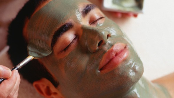 Men spend nearly £50 on pre-date beauty treatments