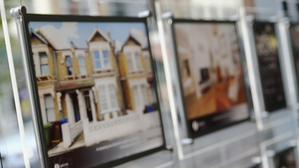 Gazumping returns as buyers outnumber properties for sale