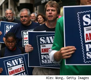 USPS postal wokers rally to save jobs