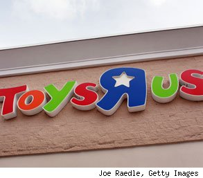 Toys R Us cautiously hiring holiday seasonal employees