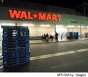 walmart warehouse workers; workers wages