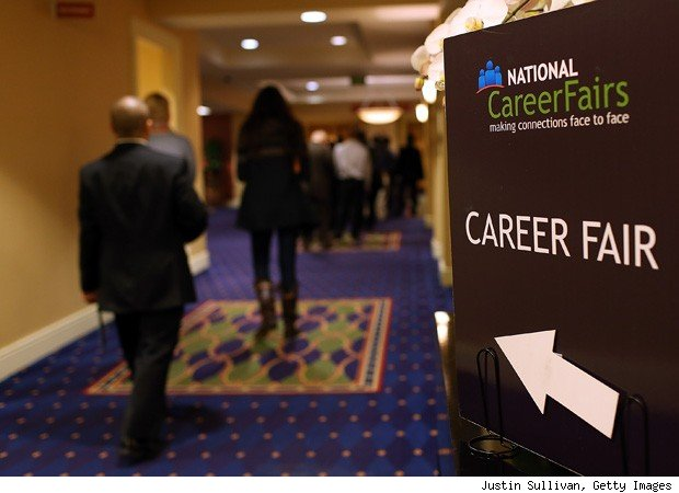 US jobless claims down