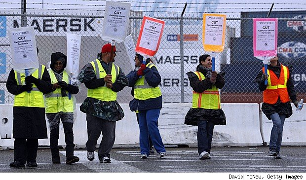 LA Port Union workers strike