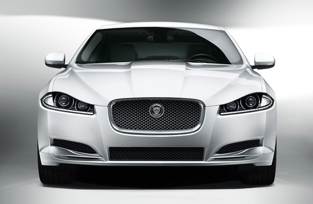 jaguar-confirms-xf-wagon