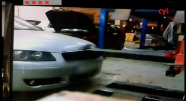 watch-an-auto-shop-commit-insurance