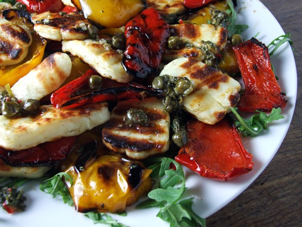 Grilled Pepper and Halloumi Salad