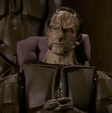 What does a Cardassian do in Starfleet?  Whatever he wants.