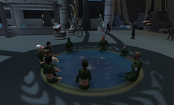 The sitting bug in STO turns UFP logo into a spa.
