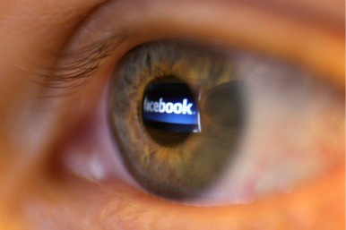 Facbook logo and eye
