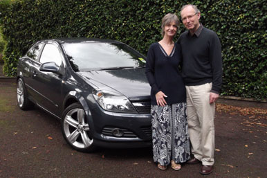 Maurice and Judith Hart with car