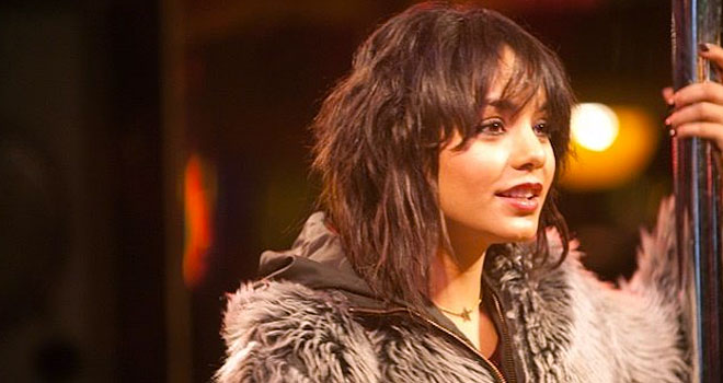 The frozen ground trailer vanessa hudgens opens up to nicolas voltage pictures voltagebd Images