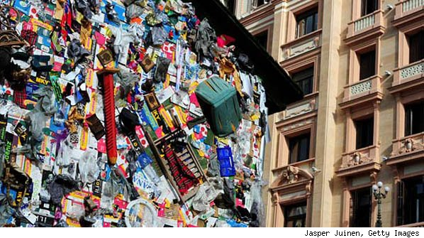 Garbage Hotel in Madrid