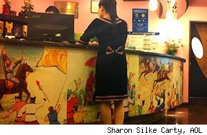 Haedanghwa waitress counter