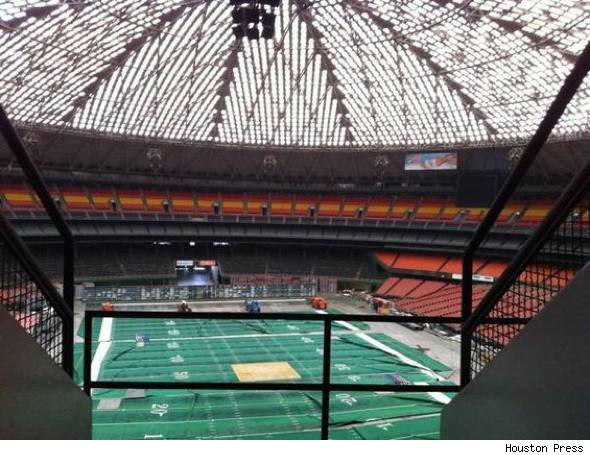 Astrodome worlds 8th wonder lies abandoned aol finance dubbed the eighth wonder of the world the reliant astrodome continues to sit abandoned a ghost of its former self once host to 50000 plus crowds for malvernweather Choice Image