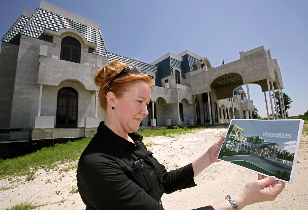 39 queen of versailles 39 tale of mega mansion headed for tv for Palace of versailles florida