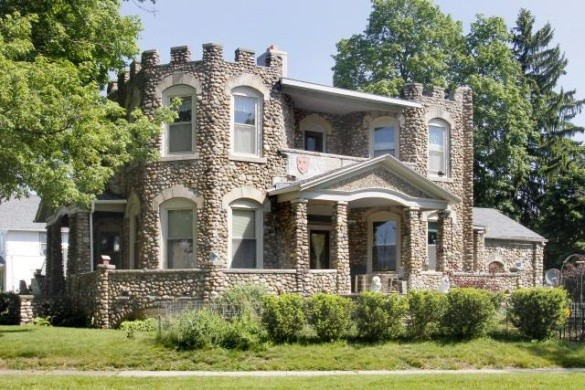 House of the day battle creek 39 s historic penniman castle for Castle style homes