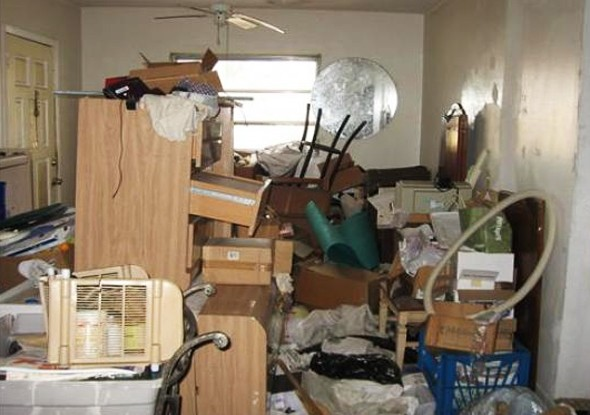 hoarder home listings