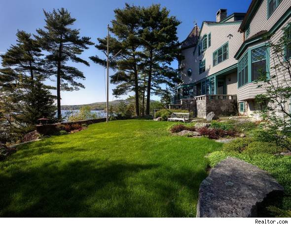 blue hill maine mansion