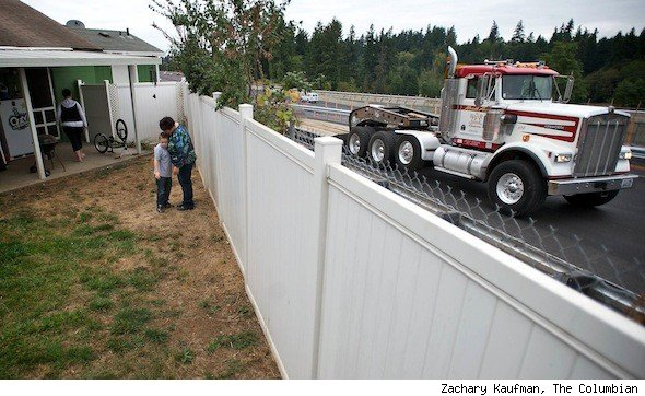 Homeowners Joel and Melissa Dodge of Vancouver Washington noisy off-ramp