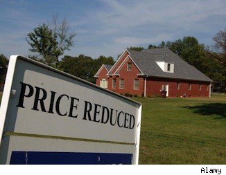 best housing markets to find discounts: price reduced sign
