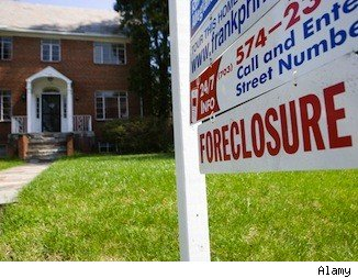 Foreclosure limbo: foreclosure lawn sign