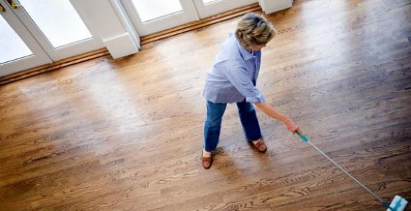How You Should Be Cleaning Hardwood Floors Aol Finance