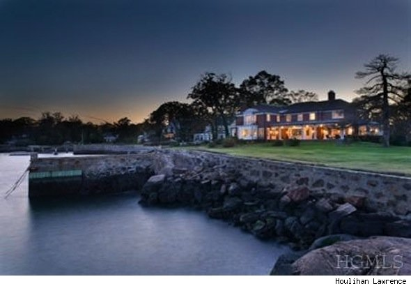 Waterfront home, Larchmont, NY